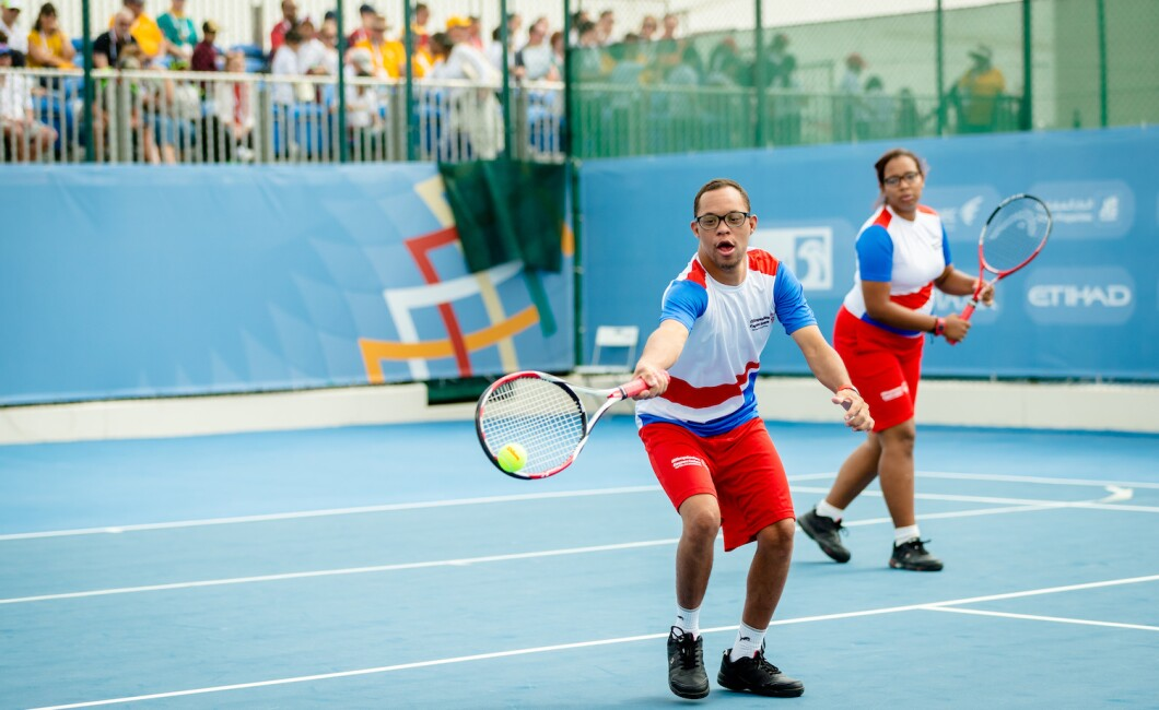 SPORTS COMPETITION - TENNIS