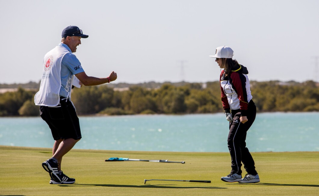 SPORTS COMPETITION - GOLF
